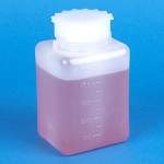 Bottle with Screwcap, Wide Mouth, Square, Graduated, PE (Cap: PP), 500mL, 25/Bag, 6 Bags/Unit - Pack of 150